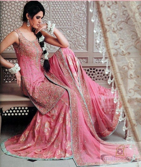 Helpful hints on Bridal Salwar Kameez httpwwwmallroad247nethomeDesigner-salwar-kameez--Shalwar-kameez-online-cheap-price-p44html by SahirKhan2