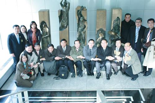 태국 선거관리위원회 임원과 정치인 등 사업회 방문
