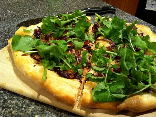 Caramelized Onion and Arugula White Pizza
