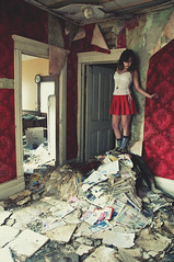 (yyellowbird) Tags: red wallpaper house abandoned girl illinois newspapers victorian malta velvet cari