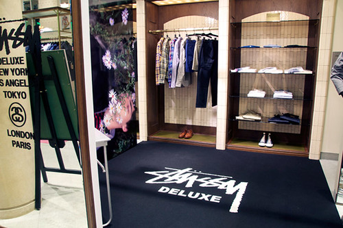 stussy-deluxe-pop-up-shop-1