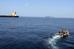 USS Bulkeley sends boat to pirated ship M/V Guanabara. (Official U.S. Navy Imagery) Tags: japanese ship navy destroyer piracy sailor frigate usnavy interdiction nato oiltanker taskforce maritimesecurityoperations ussbulkeley turkishnavy ctf151 combinedtaskforce151 counterpiracy mvguanabara tcggiresun