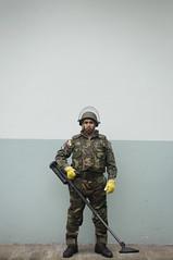 (alejoreinoso) Tags: portrait vertical army mine minas retrato militar frontera desminado balvinas