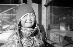 Bright Light (mikkokam) Tags: film kodak trix 400tx diafine leicam42 voigtlndernokton4014