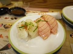 炙烤比目魚鰭邊肉+鮭魚 (RitaK) Tags: