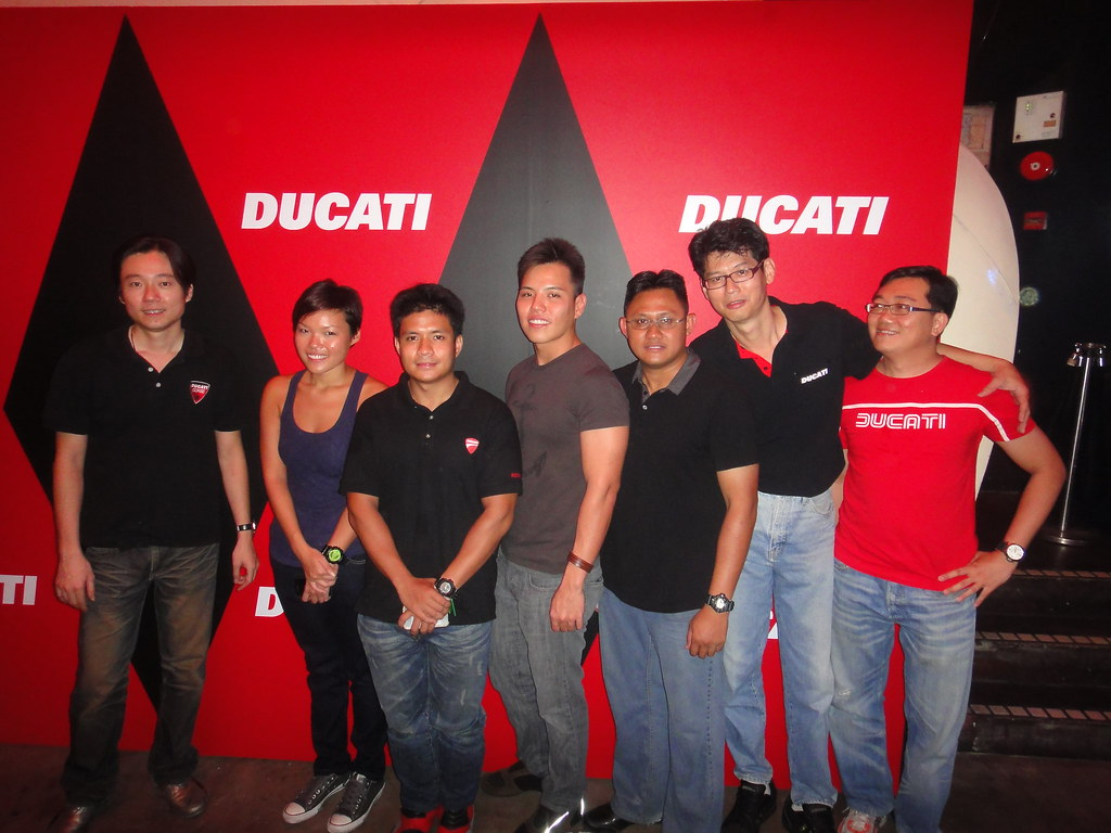Ducati Riders Archive Page 35 Singapore Bikes Forums Evos Red White Thunder Tshirt Merah S