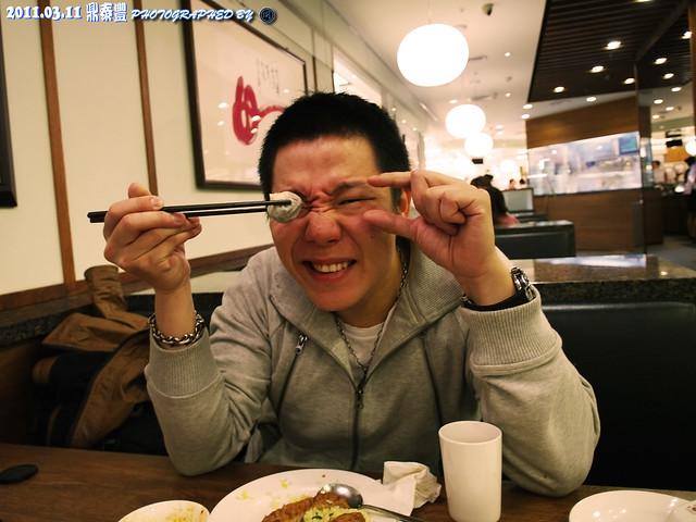 來去吃好料之3訪鼎泰豐~~ (舊百微試拍)