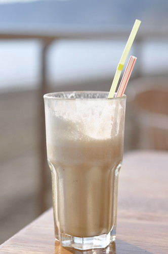 Banana Smoothie on the beach