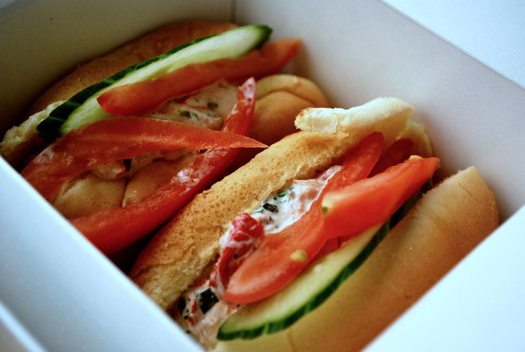Fahrenheit Lobster Roll