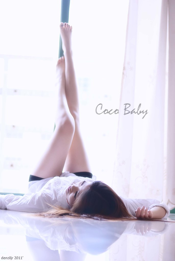 Coco Baby in White 5594327434_cc3f1aec3d_b