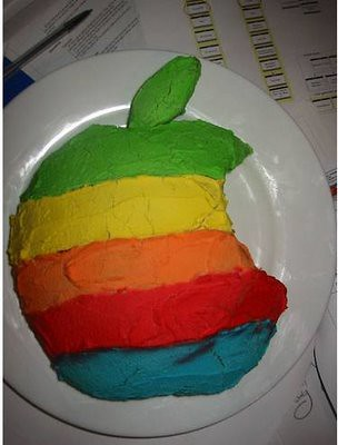 apple-birthday-cakes-05