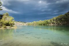 Du ct obscur (A.G. Photographie (+ 100 000 vues)) Tags: lac esparron village orages nuages nikon d5000 sigma
