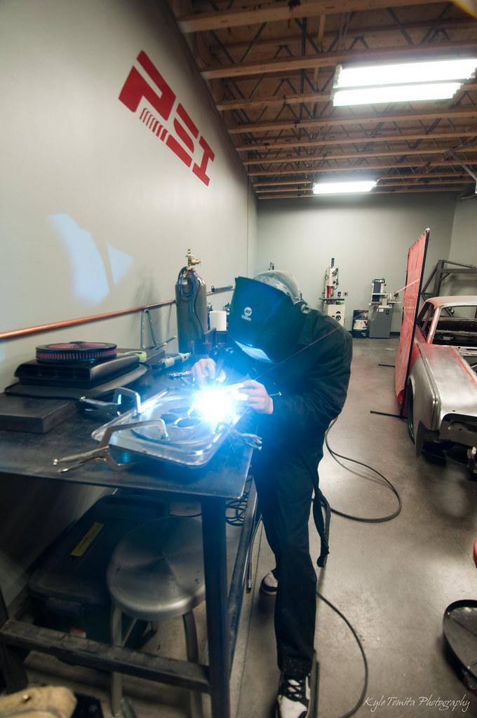 Alex Laventure welding - blue flare