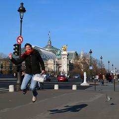 Paris - November, 2007 (RodaLarga) Tags: paris france jumping
