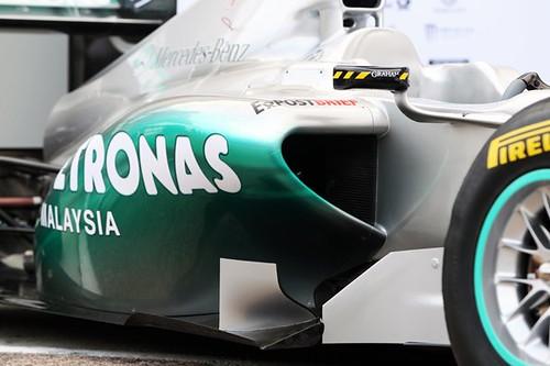 2011-Mercedes-gp-W02-2