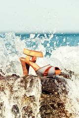 Anaid Kupuri Summer 2011 (Ibai Acevedo) Tags: sea summer water rock shoe agua shoes mediterraneo kill wave can zapatos verano proof ola survivor salitre resistant anaidkupuri