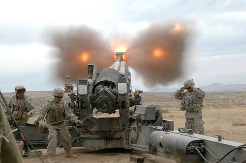 [フリー画像] 社会・環境, 戦争・軍隊, アメリカ陸軍, 榴弾砲, 201102082300