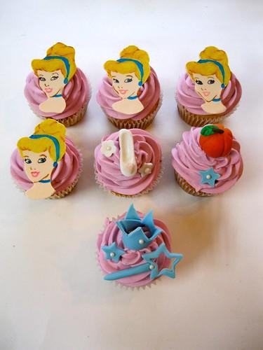 cinderella-cupcakes.jpg