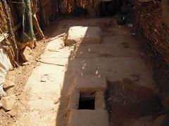 Double pit family latrine - latrine familiale à double fosse