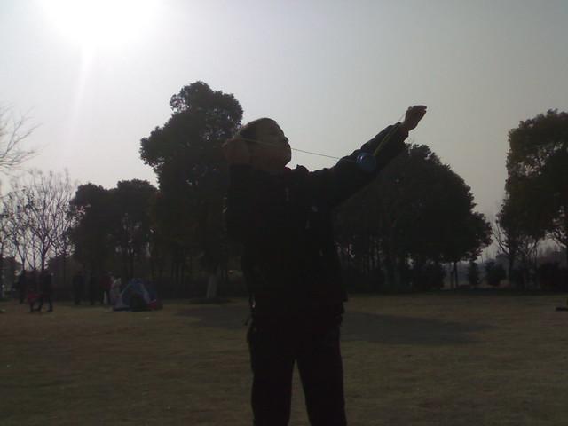 201102053887_小小少年