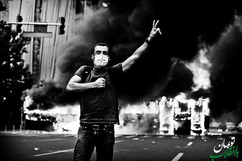 Support the revolution - كن مع الثورة - توبمان با انقلاب