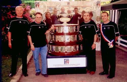 2002 coupe davis