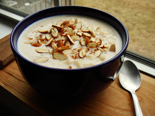 Cinnamon Rice Pudding With Almonds