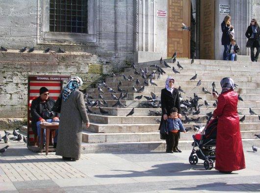 Istanbul_WomenMosque