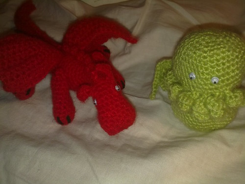 Dragon y peque Cthulhu