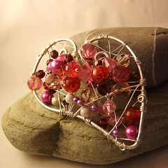 Be My Valentine - Heart Brooch (CoralReefCrafts) Tags: pink red silver wire pin heart clusters brooch lilac valentines bead accessories