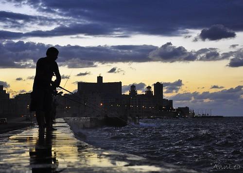 pescador en Malecon