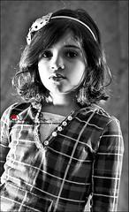 كبريآء طفلة ^^ (Abeer Hussein) Tags: canon 450d