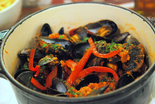 Steamed Mediterranean Mussels in Tomato Broth