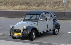 Citroën 2CV 1985 (XBXG) Tags: auto old france classic netherlands car vintage french automobile nederland citroën voiture 2cv 1985 paysbas zandvoort eend geit ancienne française deuche