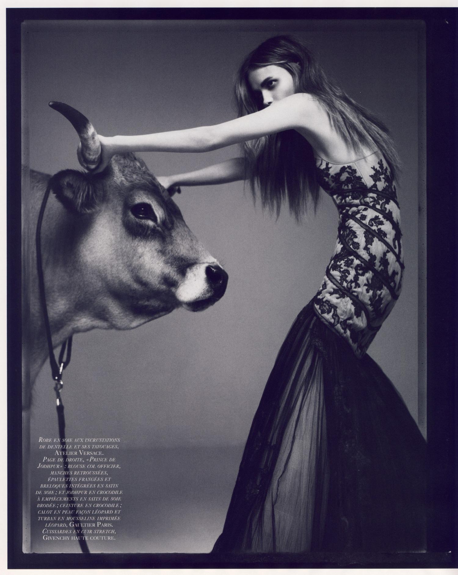 4 La Couture est Dans le Pré - Vogue Paris 2007 Oct