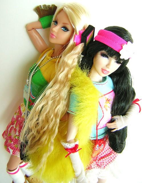 Dynamite Girls - Page 2 5514744255_bef8516370_z