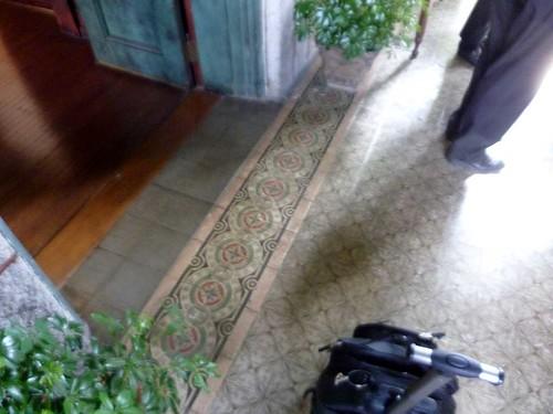 P1080328-2011-03-10-Phoenix-Flies-Stonehenge-Mansion-Sun-Parlor-Venetian-Tile