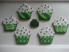 St. Patrick's Day Cupcakes (Songbird Sweets) Tags: green st shamrock sugarcookies patricksday cupcakecookies