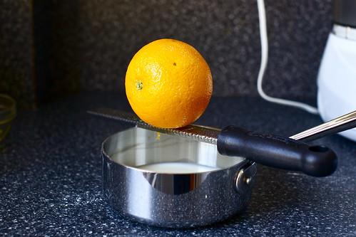 zest an orange