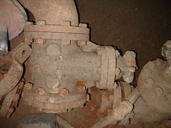 Vintage Lunkenheimer Steam Valve (Asbestorama) Tags: industrial packing inspection pipe valve survey gasket fitting asbestos lunkenheimer