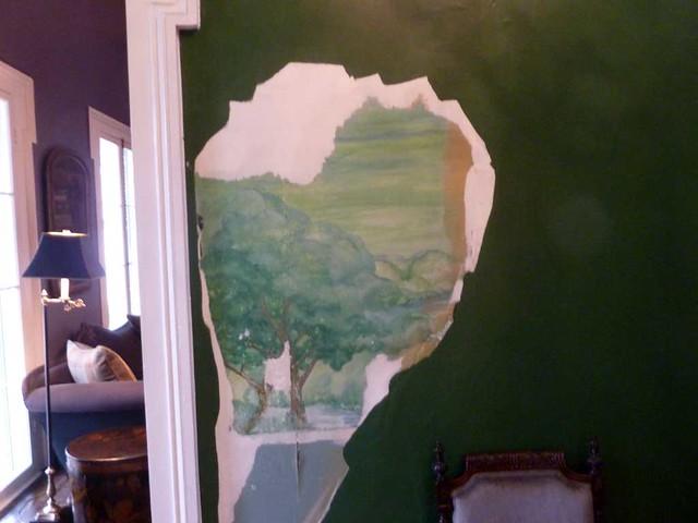 P1080922-2011-03-20-Meadow-Nook-Pheonix-Flies-Alston-House-1856-1920-Mural