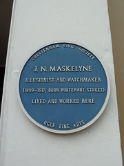 Photo of John Nevil Maskelyne blue plaque