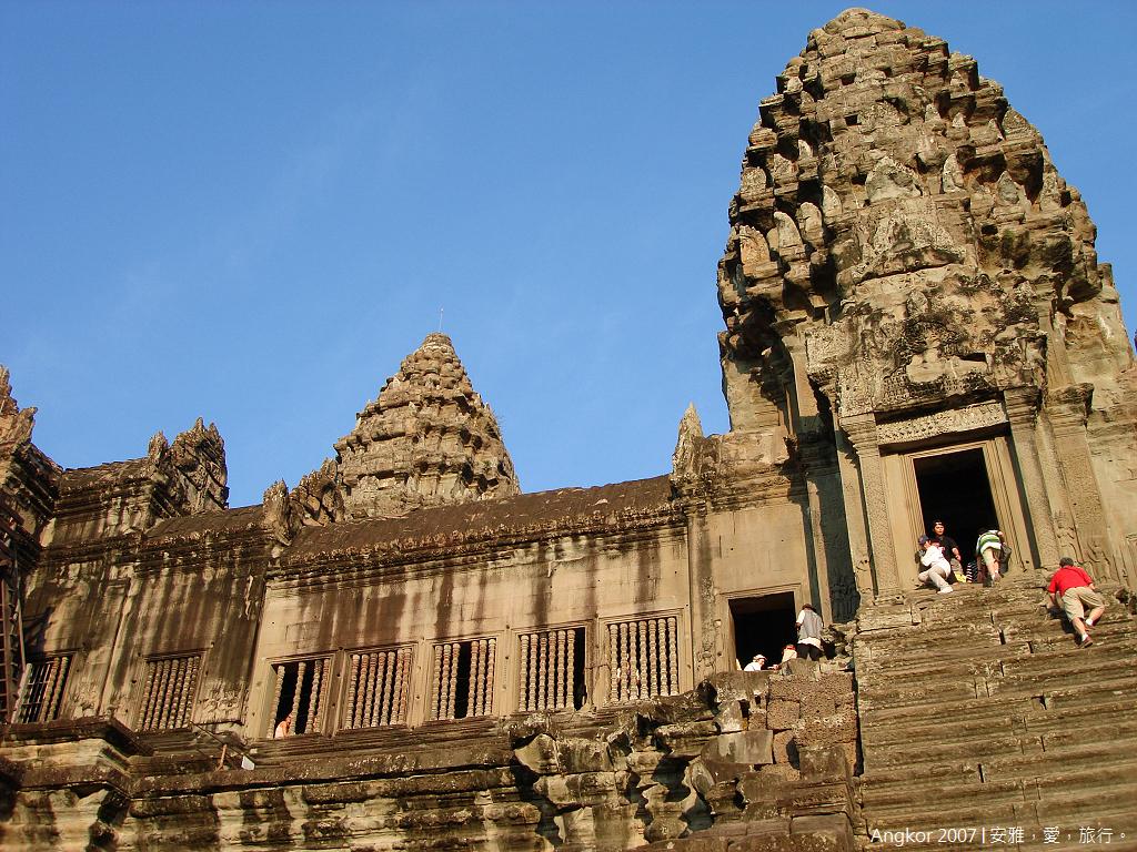 柬埔寨  吳哥窟 │ 小吳哥寺(Angkor Wat)的絕代風華。(三)