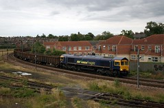 Advenza 66841 at York (Tug60044) Tags: york train shed cardiff 66 class scrap stockton tidal freight holgate sidings avoider 66841 advenza 6e94
