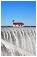 Lighthouse on Ice (duluthdesigned) Tags: winter lighthouse ice minnesota pier duluth lakesuperior canalpark