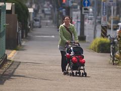 (kasa51) Tags: street people baby lumix child mother panasonic manualfocus f28 135mm gf1   nikkorqauto
