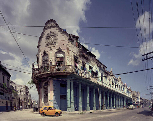 Michael Eastman, Yellow Car, Havana