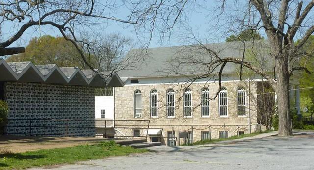 P1090460-2011-04-04-Ormewood-Park-Presbyterian-Church-Fellowship-Hall-Dark