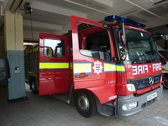 London Fire Brigade Mercedes Atego Pump Ladder (EmergencyVehiclePics1) Tags: new blue rescue london race fire lights pier video amazing call respect bell fast run led pump yelp and leds service ladder brand command siren lambeth brigade callout shout unit 999 wail on the bullhorn twotone lifesavers strobes airhorn lfb
