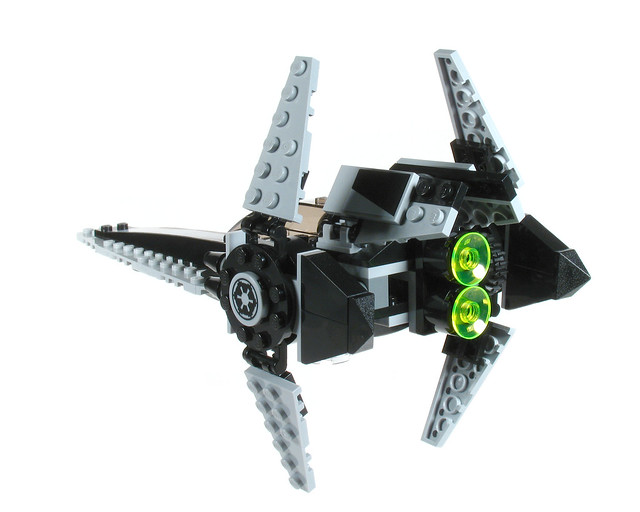 Review: 7915 Imperial V-wing Starfighter